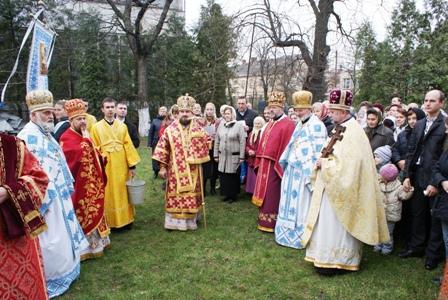 празник 3 Святкування престольного свята у Свято Пятницькій церкві м.Львова