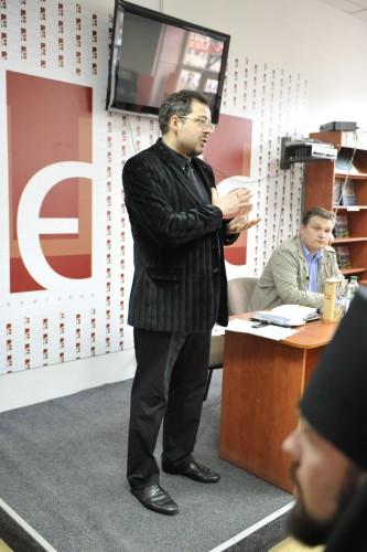 DSC5181 e1335111032173 У Львові відбулась презентація книги Юрія Дорошенка Без догмату. Релігійні магістралі