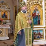 72 150x150 Ректор ЛПБА очолив молебень на випуску однієї із львівських шкіл