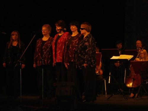 215 e1329432864172 У Львові відбувся ювілейний концерт незрячих виконавців «Відчинилося життя»