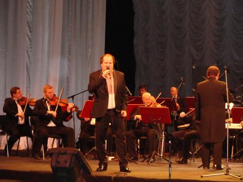 DSC08911 e1359147228861 У Львові відбувся ювілейний концерт незрячих виконавців «Відчинилося життя»