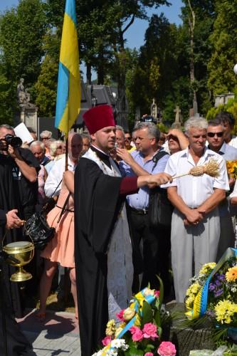 DSC 0771 e1376945429232 У Львові відкрили пам'ятник композитору Ігорю Білозіру