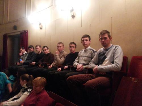 20150403 134115 e1428324046117 Студенти ЛПБА відвідали театр